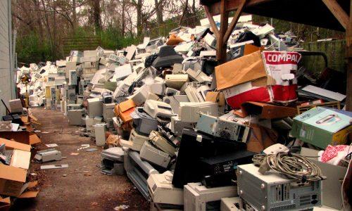 De berg e-waste in Azië is groter dan ooit
