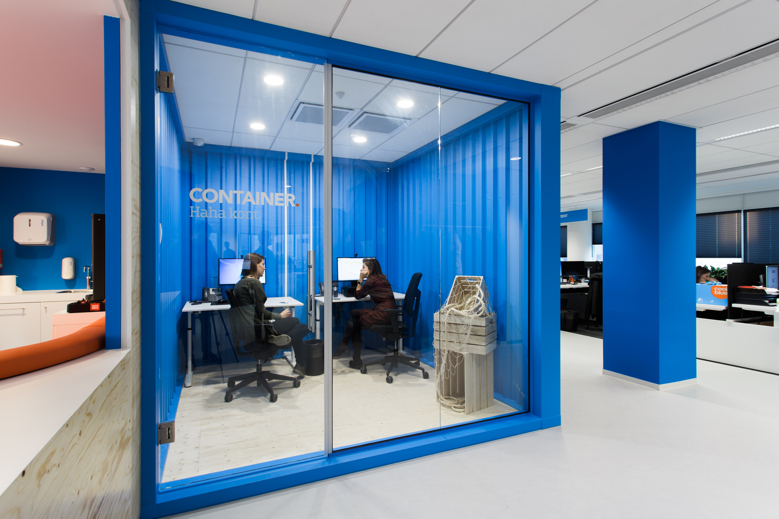 Coolblue-office-container