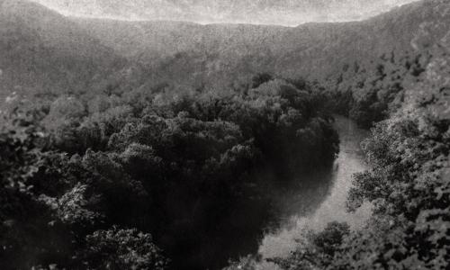 Vastgelegd door beveiligingscamera's is de natuur behoorlijk spooky
