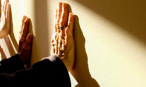 90-jarigen vertellen hoe het leven werkt en dat is heel geruststellend