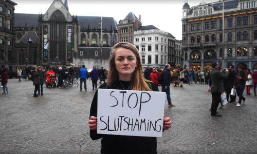 Gronings corpsmeisje staat op tegen slutshaming met Facebook-video