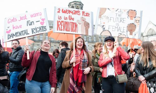 Women's March in Nederland: Mindere opkomst, maar met dezelfde krachtige boodschap