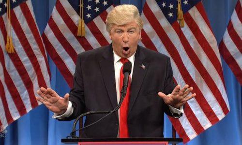 Alec Baldwin speelt 'misschien' Donald Trump tijdens Correspondents' Dinner