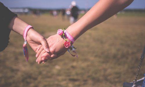 #handinhand: Dit zijn de krachtigste foto's van deze solidariteitsactie
