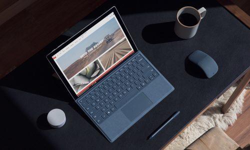 Microsoft maakt een designer laptop met suède toetsenbord