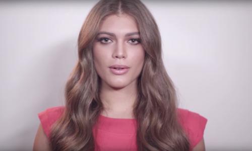 Model duikt de geschiedenisboeken in als eerste transgender op Vogue cover