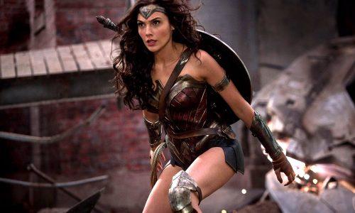 Wonder Woman doorbreekt met succes het glazen plafond