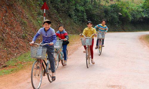 Desolate gebieden en tropische bestemmingen: deze Nederlander fietst overal naartoe