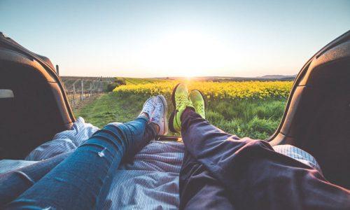 Waarom relaxen en niets doen niet de beste besteding is van je weekend