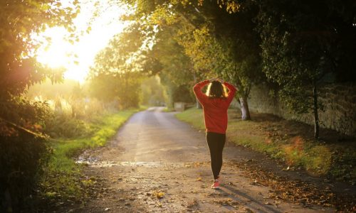 Het is vandaag #beweegopjewerkdag: op deze 4 manieren loop je ongemerkt meer