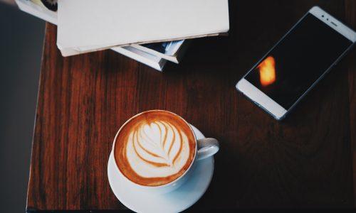Waarom koffie drinken toch niet zo slecht is als je denkt