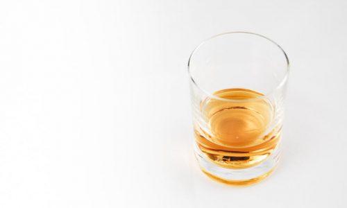 Water bij de whisky: volgens wetenschappers de beste manier om het te drinken
