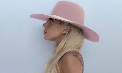 Documentaire Gaga: Five Foot Two onthult de vrouw achter het merk