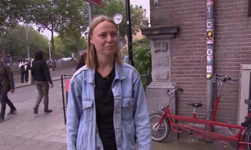 Geerte Piening (23) vecht wildplasboete aan in de rechtbank: haar actie heeft nu al zin gehad