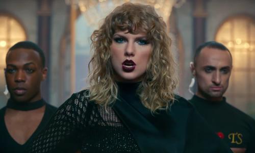 Taylor Swift claimt nieuwe songteksten voor handelsmerk
