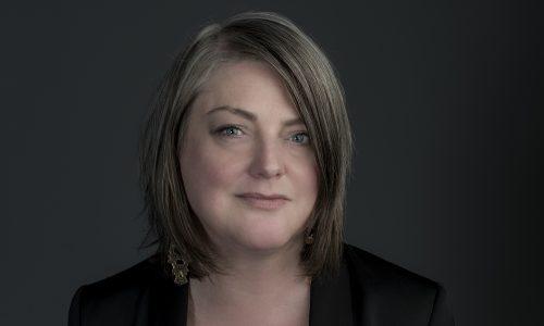 Imagegoeroe Kerrie Finch neemt feminisme onder handen: 'Ik dacht fuck it, de wereld verandert niet snel genoeg'
