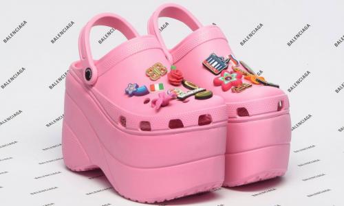 Zet je schrap voor hooggehakte Crocs: volgens Balenciaga 'catwalkfähig'