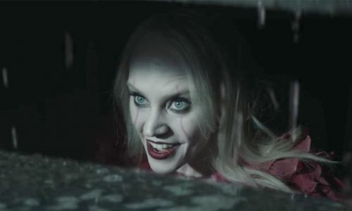 Kellyanne Conway als de killerclown uit It is zo mogelijk nog enger