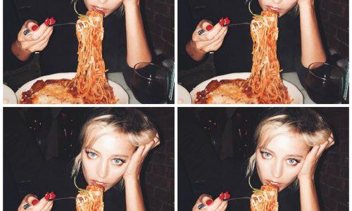 Waarom poseren Instagrammers massaal met pizza en pasta?