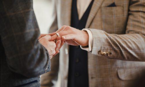Dit zijn de eerste gelukkig getrouwde homokoppels in Australië