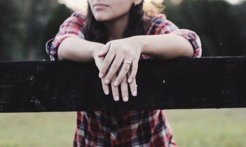 Jonge vrouwen hebben vaker een burn-out, blijkt uit cijfers van het CBS