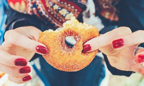Hoe je minder suiker eet zonder veel op te geven: vijf manieren