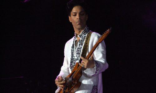 Een nieuw album van Prince komt onze kant op