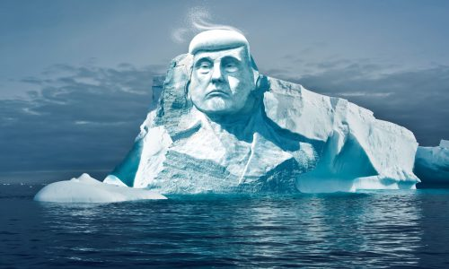 Finse groep wil hoofd Trump uit smeltend ijs hakken om aandacht te vragen voor het klimaat