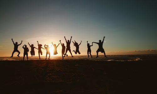 Nederlandse jongeren zijn gelukkig, blijkt uit grootschalig onderzoek
