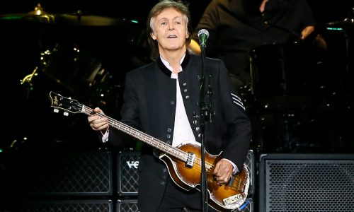 Je kunt Paul McCartney morgen live zien! Maar dan wel via YouTube