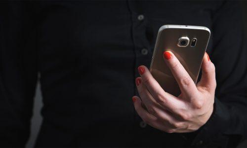KvK haalt telefoonnummers uit online adressenbestand: einde van de vervelende telefoontjes?
