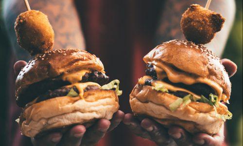 Mannen moeten minder vlees eten volgens het Voedingscentrum