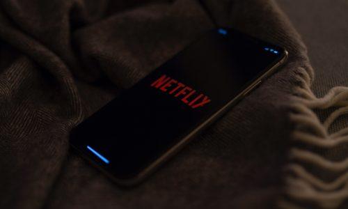 Netflix gaat top 10 meest bekeken series en films delen