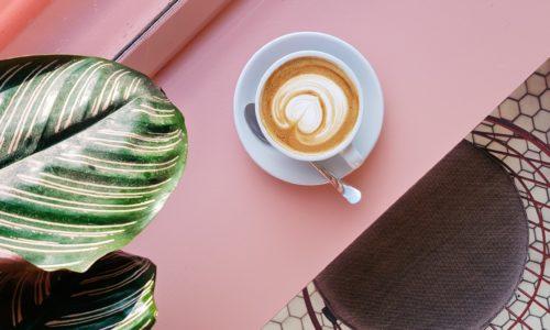 Goed om te weten: koffie heeft hetzelfde effect op je geheugen als sporten
