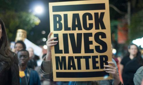 Racisme in de samenleving en geschiedenis: deze vijf films en series vertellen je er meer over
