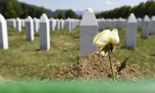 Luistertip: dit gebeurde er in 1995 in Srebrenica